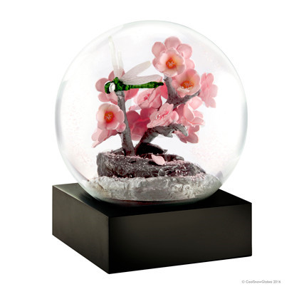 Coolsnowglobes Snow Globe Dragonfly