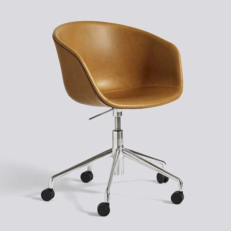HAY AAC24 Sædepolstret stol mhjul Sierra SI1001 Læder