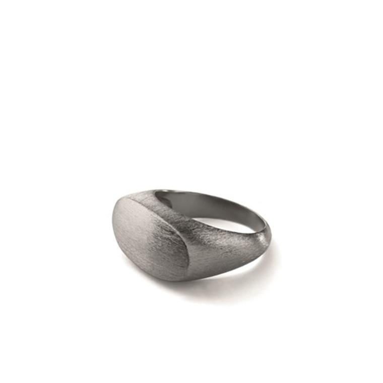 Pernille Corydon Oval Statement Ring Rhodineret