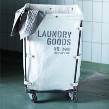House Doctor vasketøjskurv på hjul