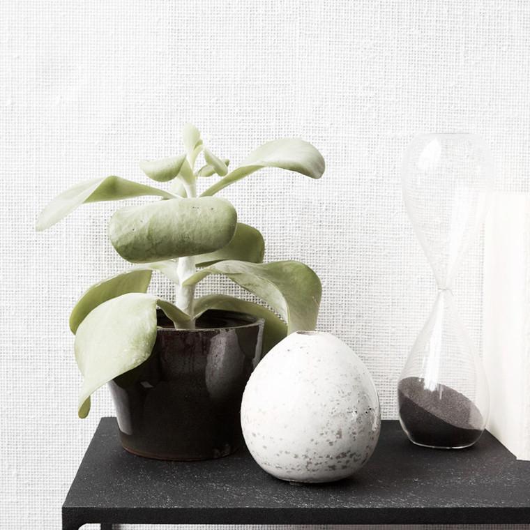 house doctor baby vase hvid vase lavet i fajance. Black Bedroom Furniture Sets. Home Design Ideas