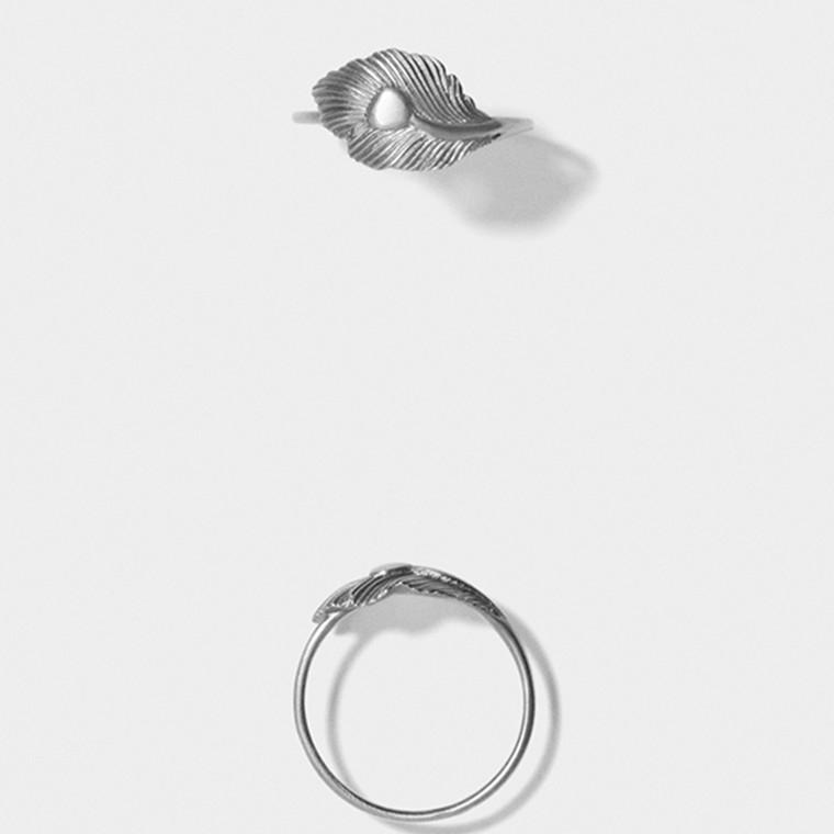 Line & Jo Miss Rikkie Ring