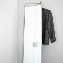 Menu Kaschkasch Floor Mirror Mos Grøn