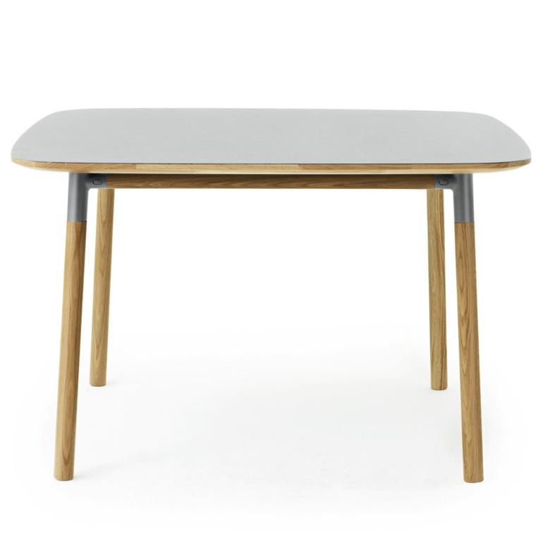 Normann Copenhagen Form Spisebord Eg 120x120 cm