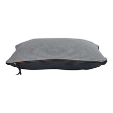 SemiBasic Pude Reverse Grå 40x60 cm