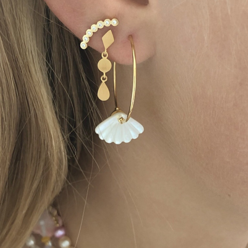 Stine A Ørering Hoop with White Seashell Gold