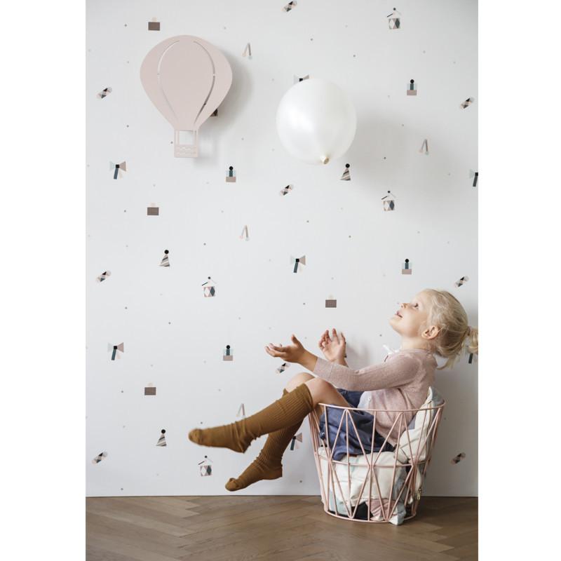 ferm living luftballon lampe rosa flot b rnelampe til b rnev relset. Black Bedroom Furniture Sets. Home Design Ideas