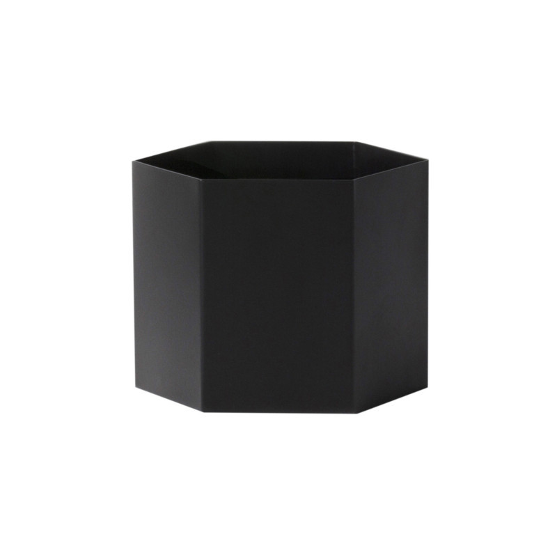ferm living hexagon pot sort smukke urtepotteskjulere fra ferm living. Black Bedroom Furniture Sets. Home Design Ideas