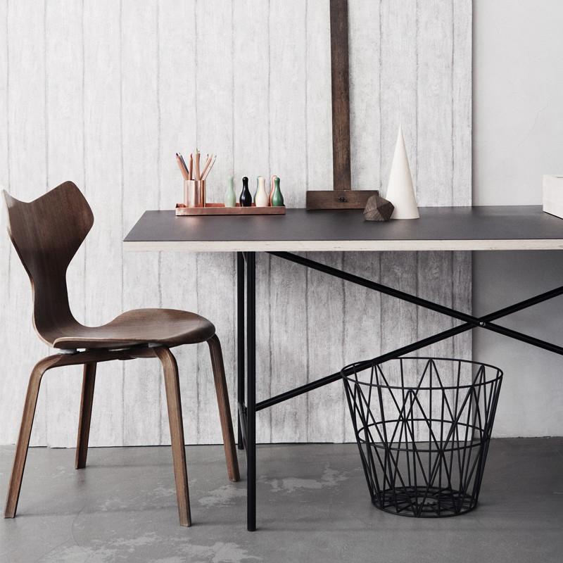 ferm living wire basket medium tr dkurv fra ferm living. Black Bedroom Furniture Sets. Home Design Ideas