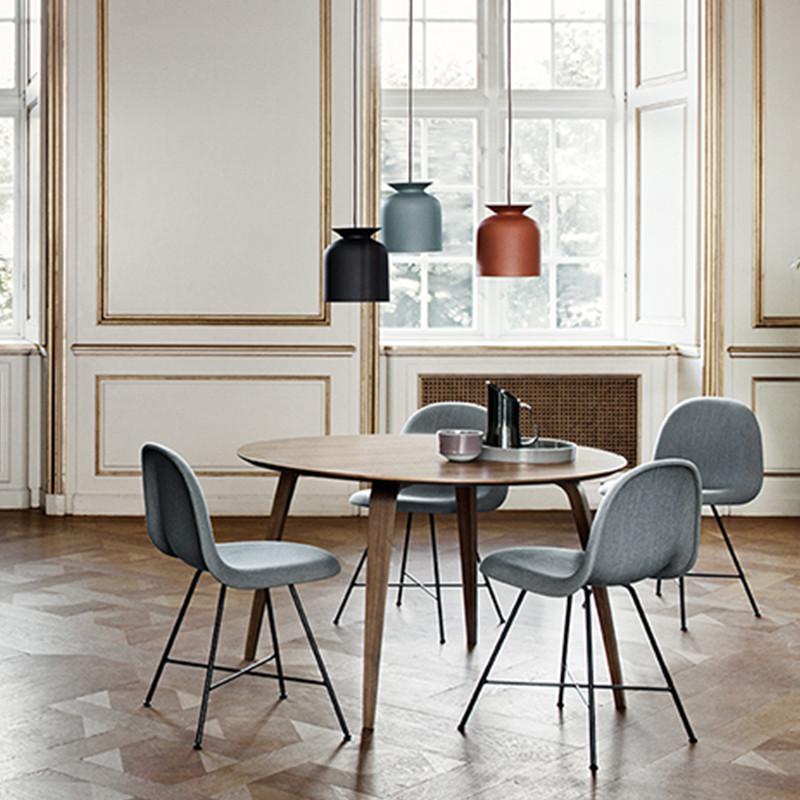 Utmerket Gubi Dining table - Rundt klassisk spisebord i valnød FJ-87