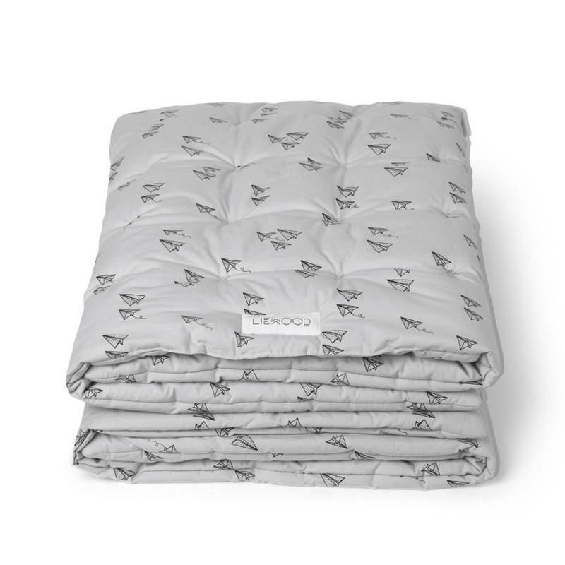 Udestående Liewood Baby Quilt Paper Plane i grå - Blødt baby tæppe fra Liewood PP25