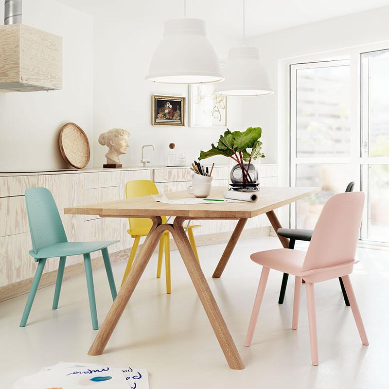 Muuto split spisebord eg   møbler fra muuto