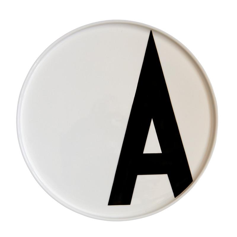 tallerken med bogstaver
