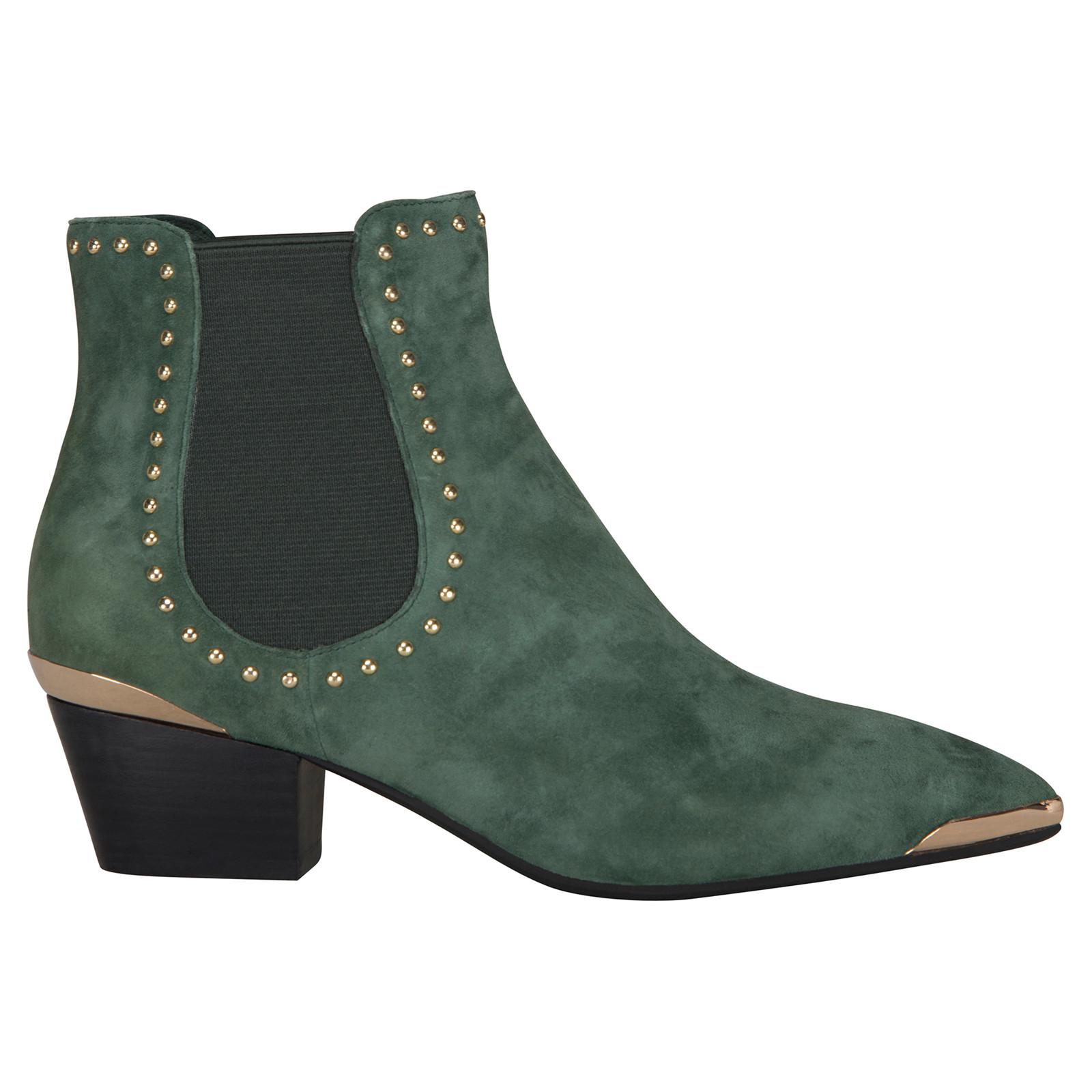 Sofie Schnoor Low Rivet støvle med detaljer