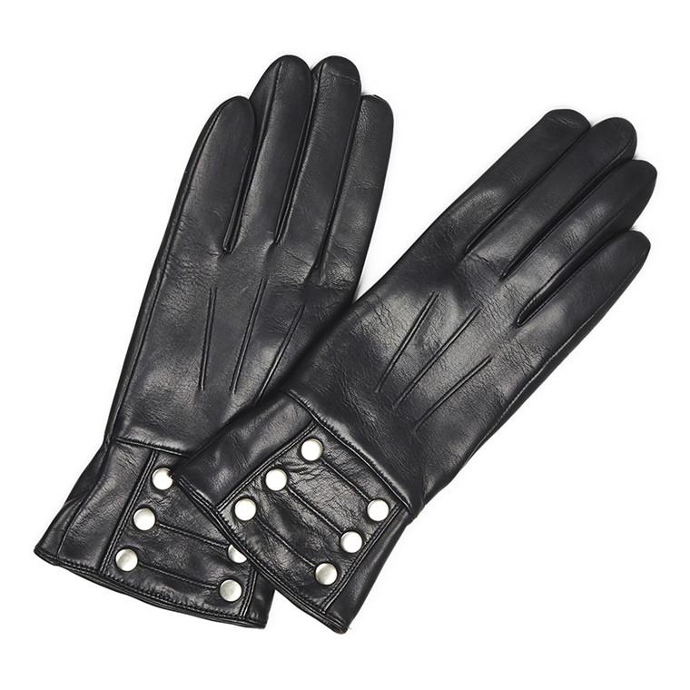 Markberg Grace handske med nitter
