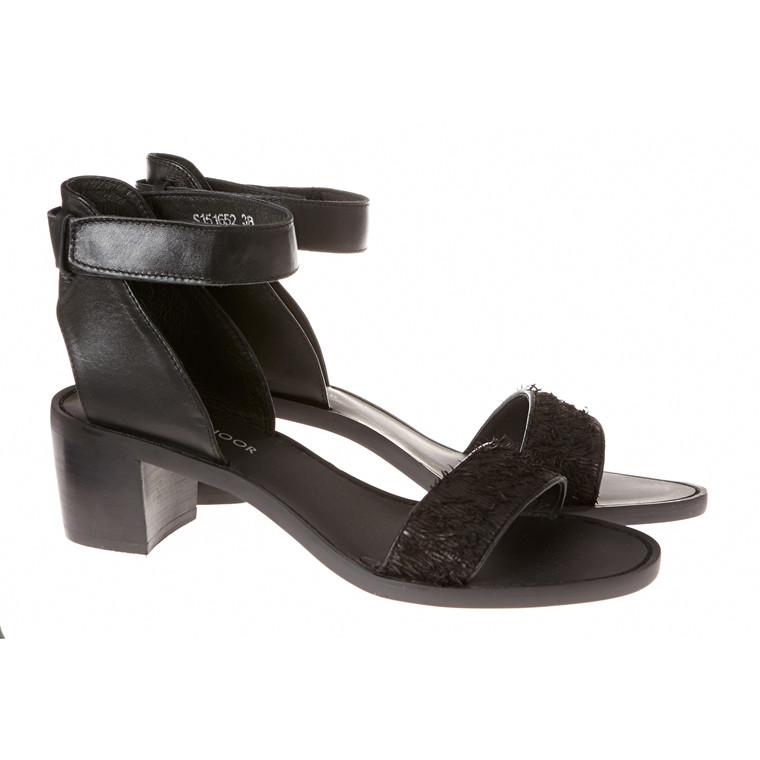 Sofie Schnoor sandal med hæl og ankelstrop