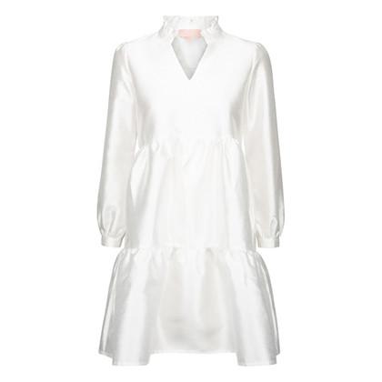 WM1046 White & More Lara Dress HVID