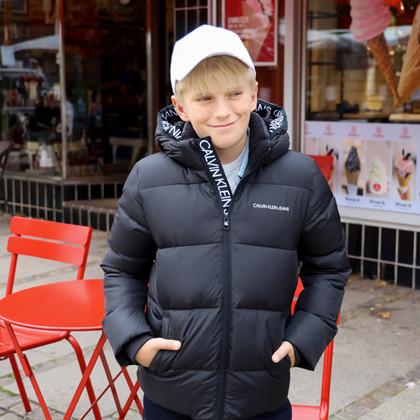IB0IB00937 Calvin Klein Vinterjakke SORT
