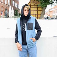 IB0IB00916 Calvin Klein Vendbar Vest SORT
