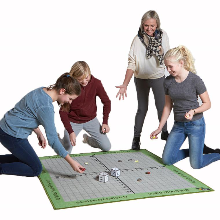 Koordinatsystem-tæppe - 130 x 130 cm