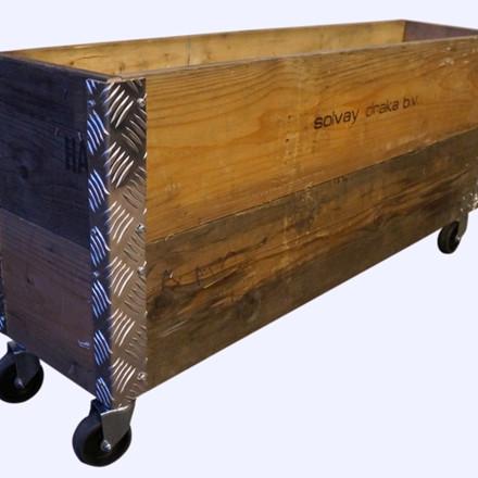 """Genbrugs Pallerammer """"Aflang kasse 2 lag"""" med hjul"""