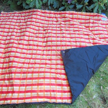 Picnictæppe - tykt og blødt tæppe  Molly AZ-5050100