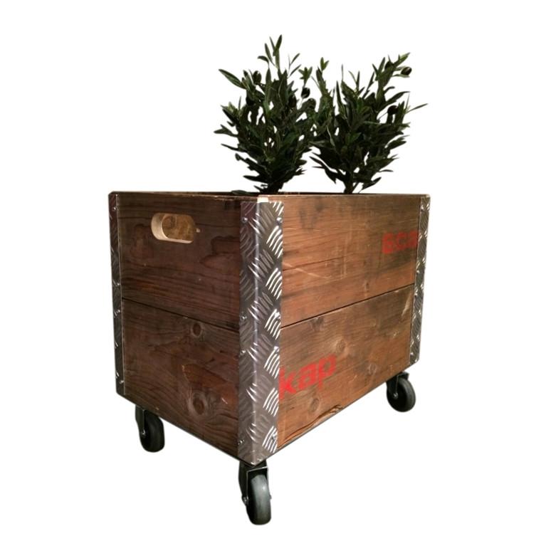 """Genbrugs Pallerammer """"Ølkasse"""" på hjul"""