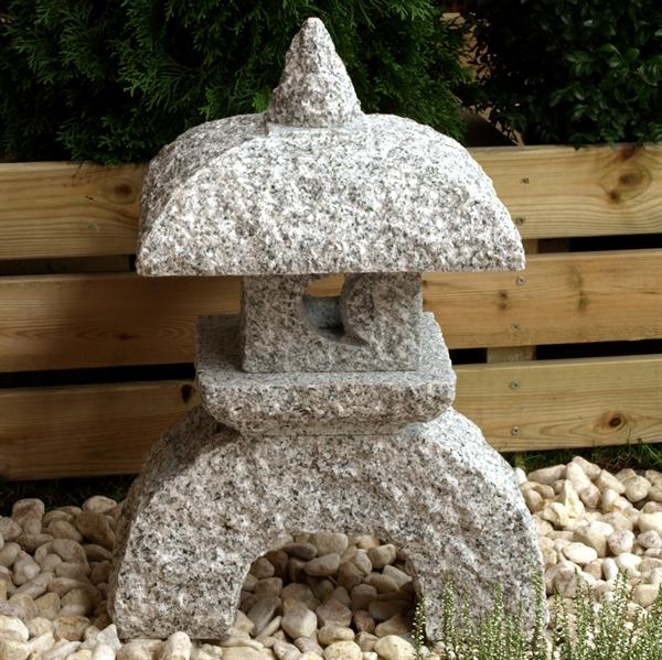 Nikumi lanterne højde 55 cm lysegråt granit