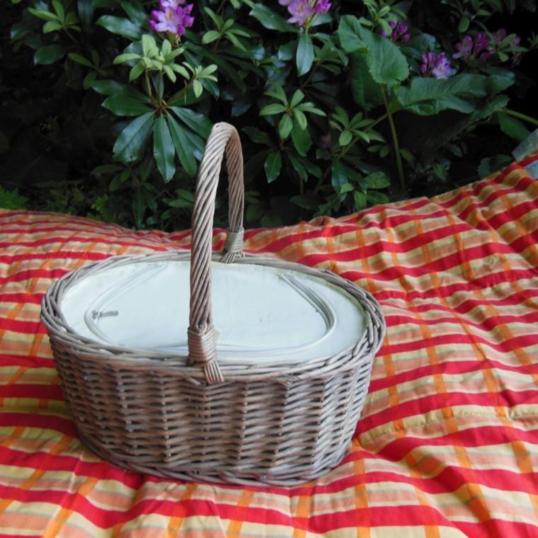 Picnickurv oval grå. AA161554
