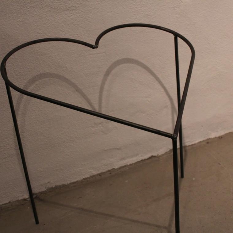 Hjerte på 3 ben 45x45 cm