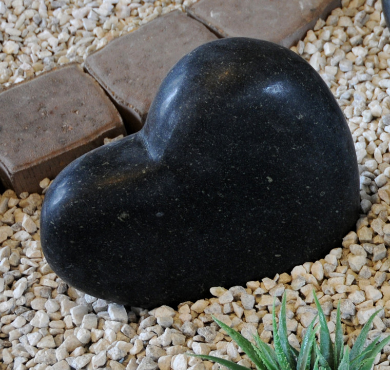 Sort granit pyntehjerte (Gr. 809)