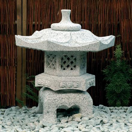 Rokkaku Yukimi lanterne højde 65 cm lysegrå granit