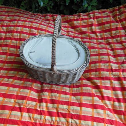 Picnickurv oval grå AA161554