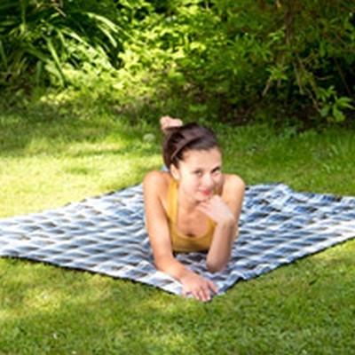 Picnictæppe  - blødt,  med vandafvisende underlag AZ-5050400