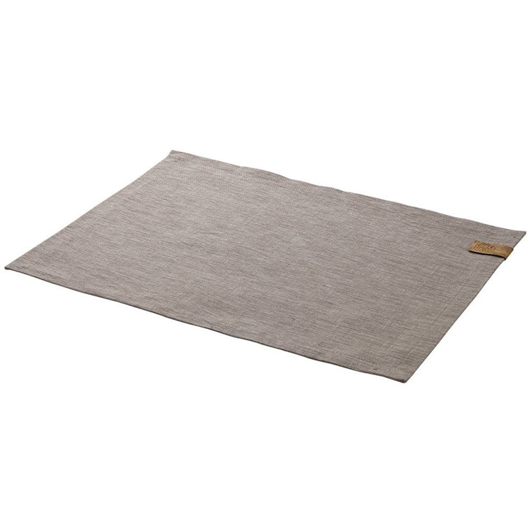 BASE placemats Oak