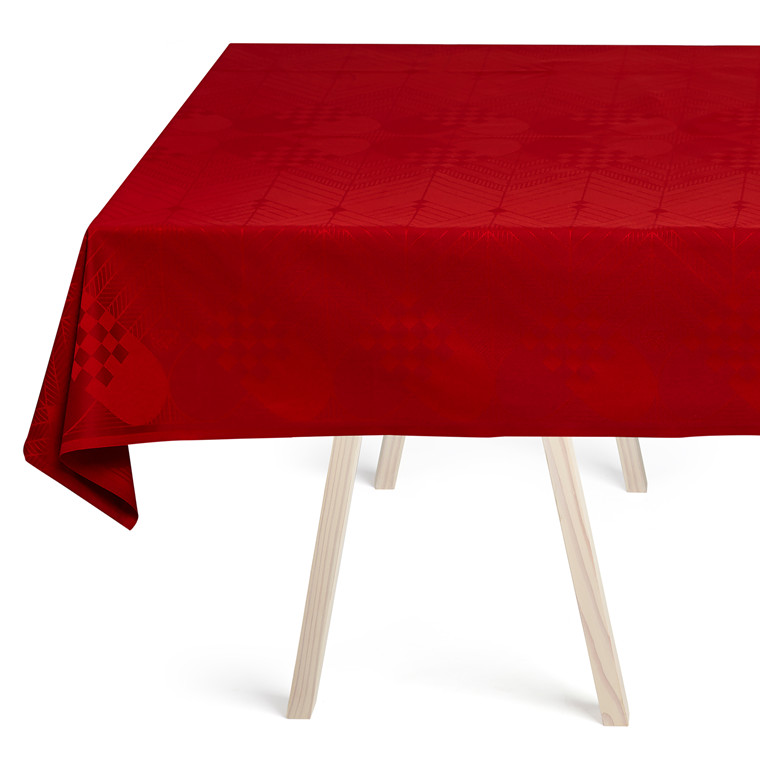 CHRISTMAS TABLECLOTHS Deep Red