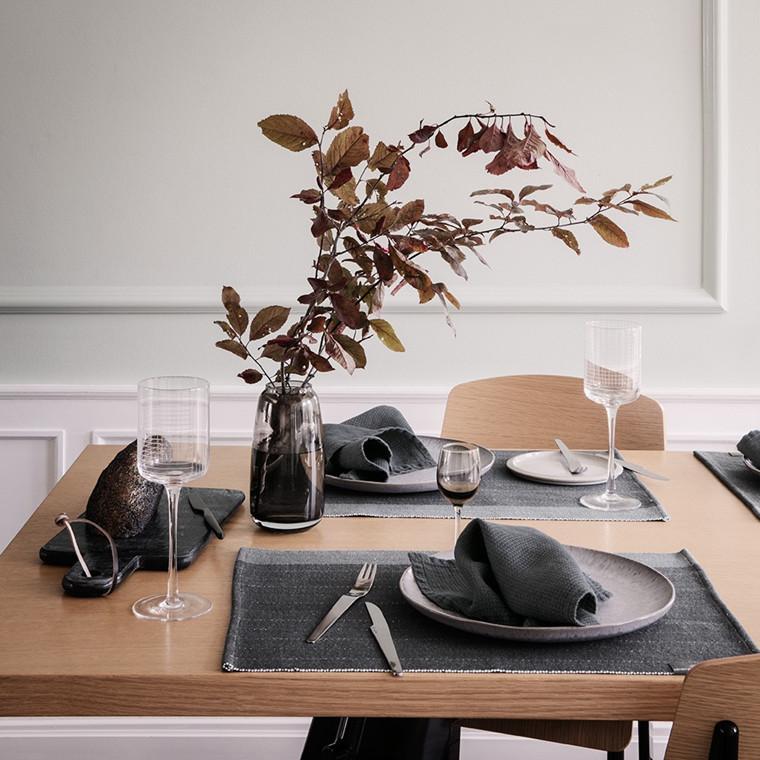 HERRINGBONE Tischsets Asphalt