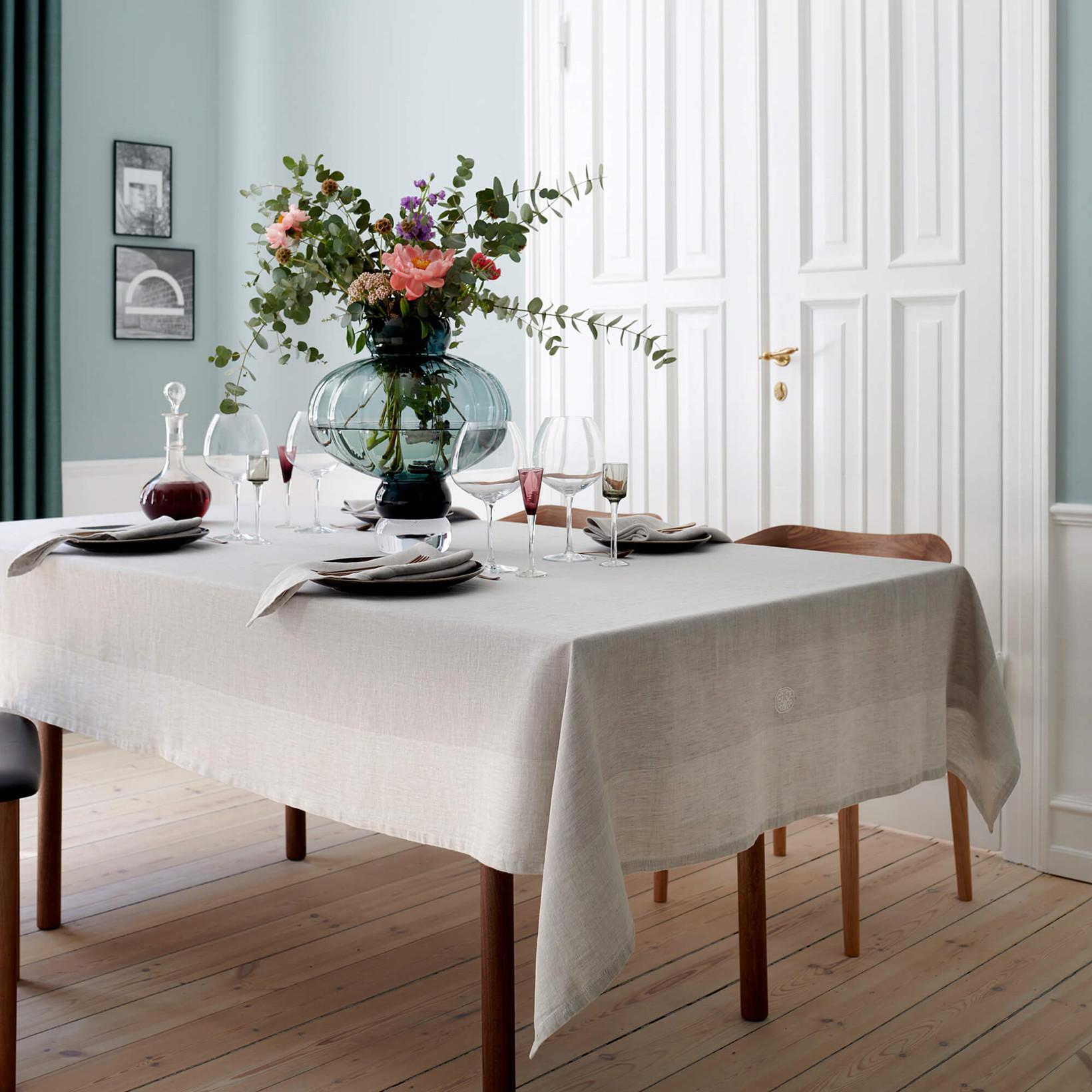 PLAIN tablecloth