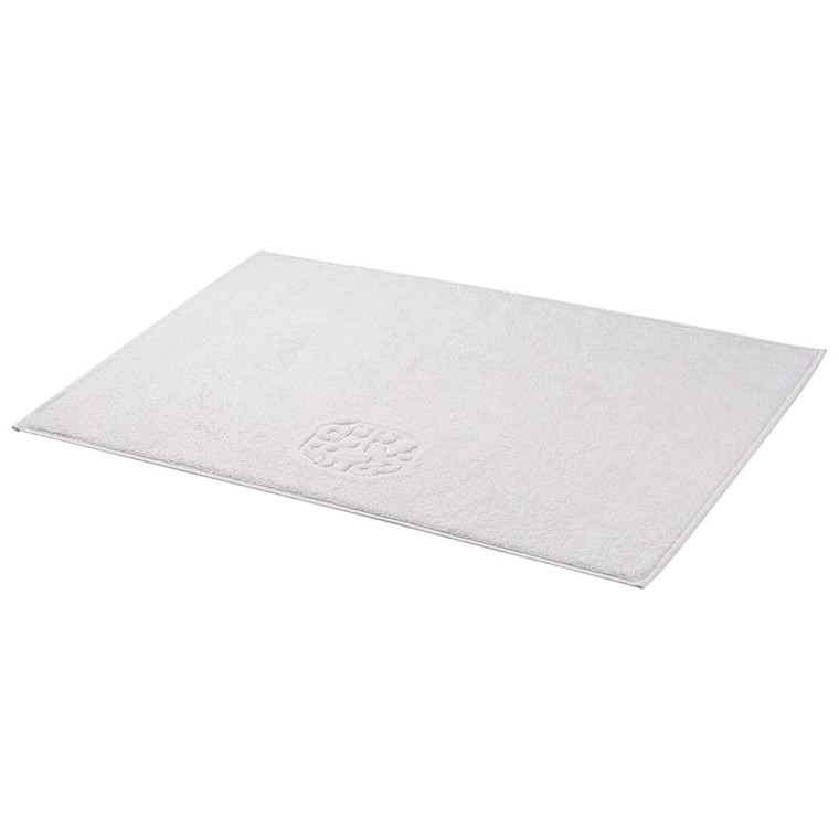 Bath rugs White