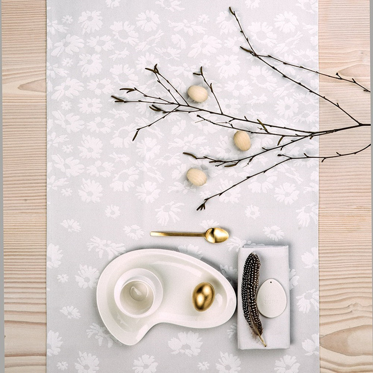DAISY table runners Drizzle