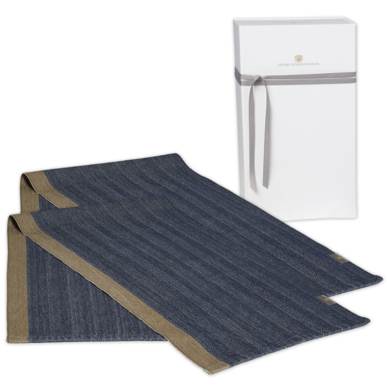 2 HERRINGBONE table runners