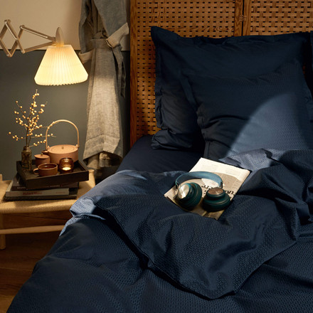 YPSILON sengetøy Navy Blazer