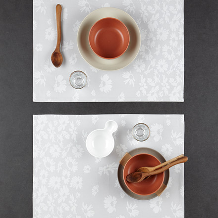 DAISY placemats Drizzle