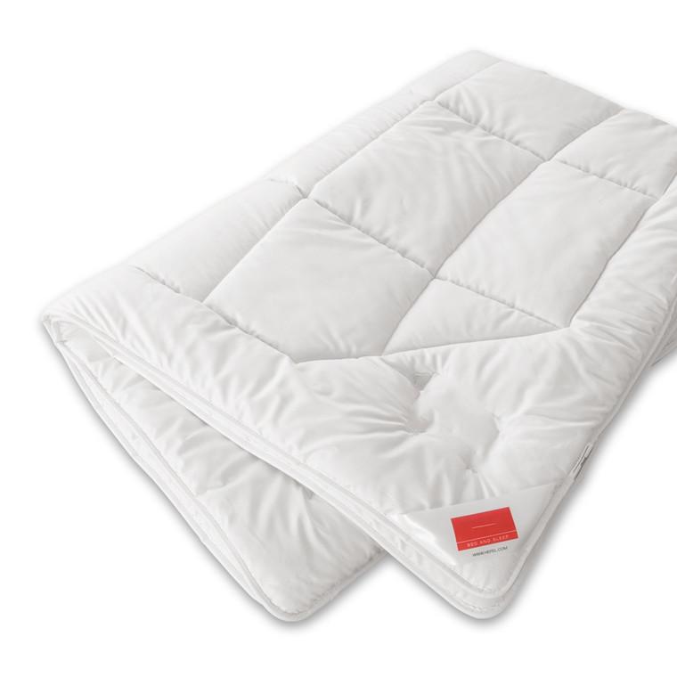 Zirbe Comforter uld-dyne med træ 140x200