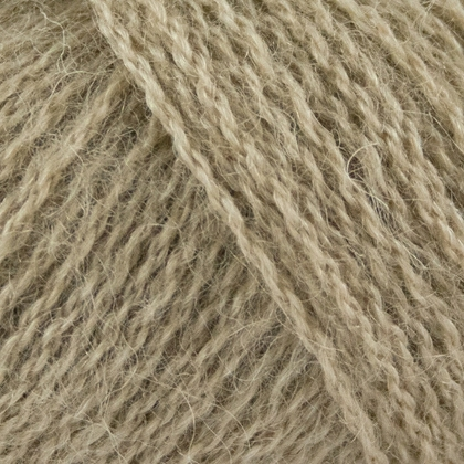 Alpaca+Merino Wool+Nettles, sand
