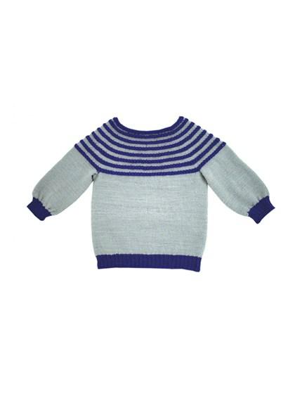Trøje strikket ud i´et (børn)