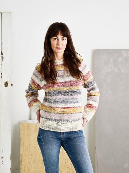Sweater med melerede striber