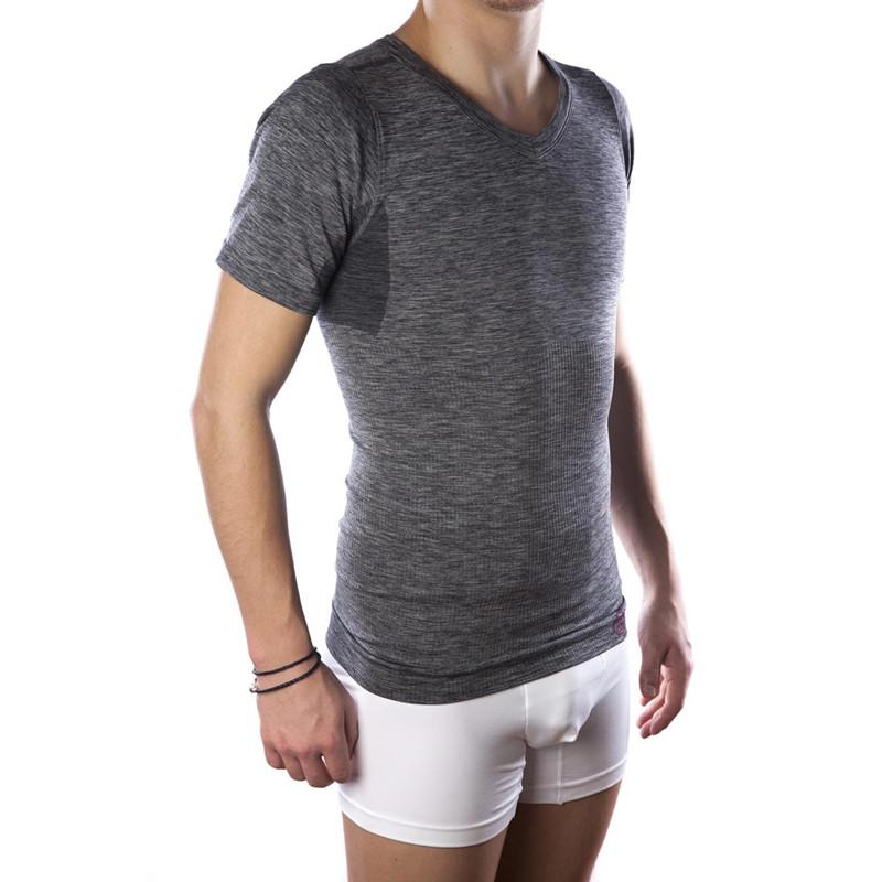 733e66a0 COMFIZZ herre T-shirt V-hals