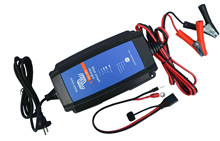 Victron charger Blue Smart IP65 13A/24V <br />Charger-Start