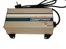 Charger 30A/0-36V/243x150x75 <br />Charger-Traction
